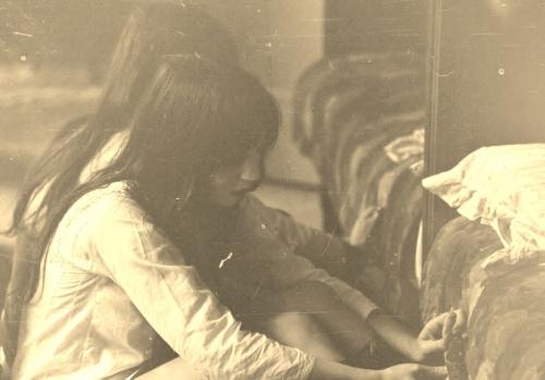 herinnering,1970,brussel,geluk,eenvoud,goedkoop,sober,mooi,meubelen,appartement,wonen,interieur,dagelijks leven,ecologie