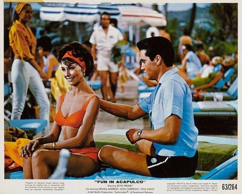Fun-In-Acapulco.jpg